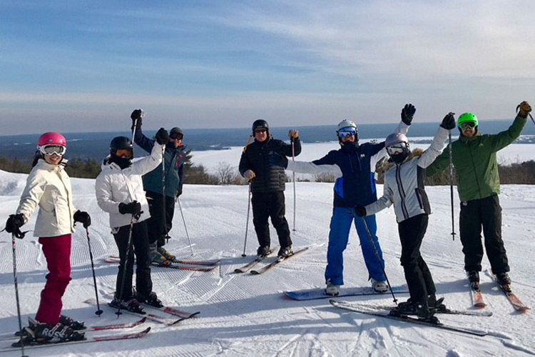 Ski lessons Ottawa Calabogie Peaks Adult Ski Programs at the Peaks
