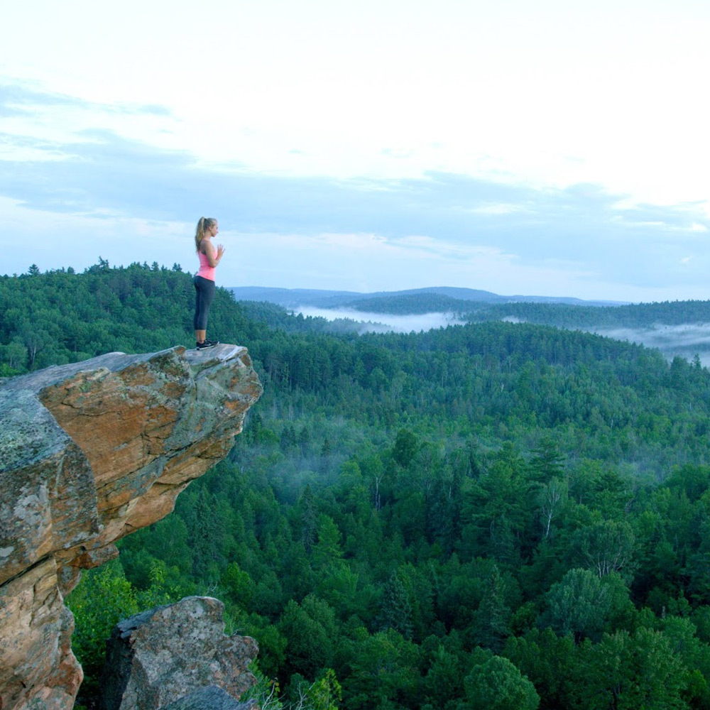 Hiking at the Peaks - Ontario getaways