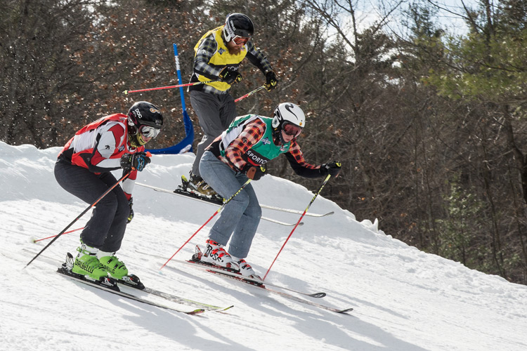 ski clubs at the Peaks-Ski club Ottawa