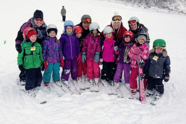 Ski lessons Ottawa Calabogie Peaks ski kids programs at the peaks
