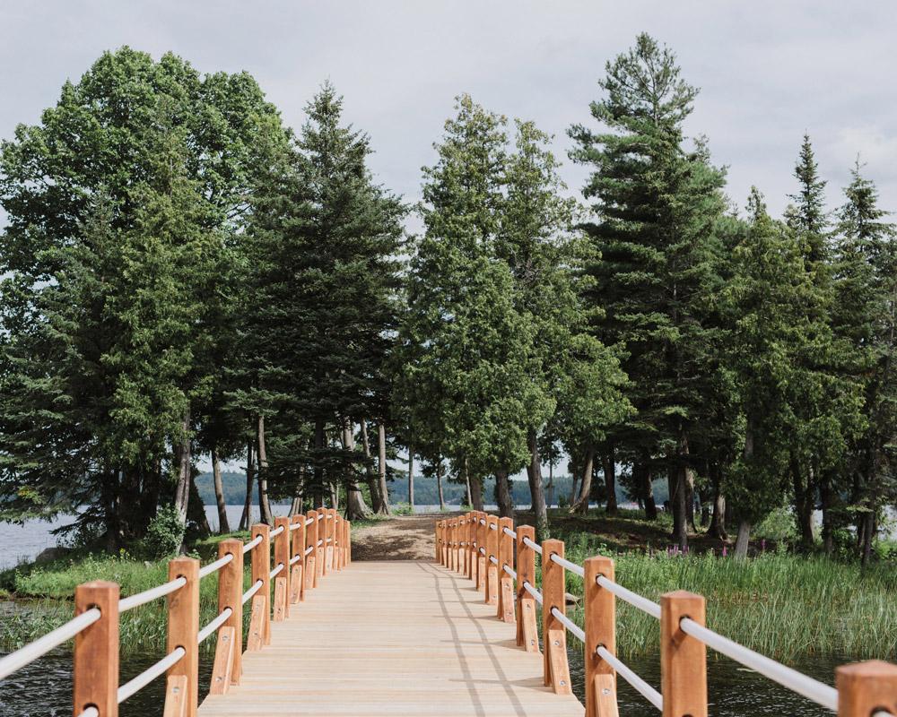 Outdoor wedding venues Ontario - The Island
