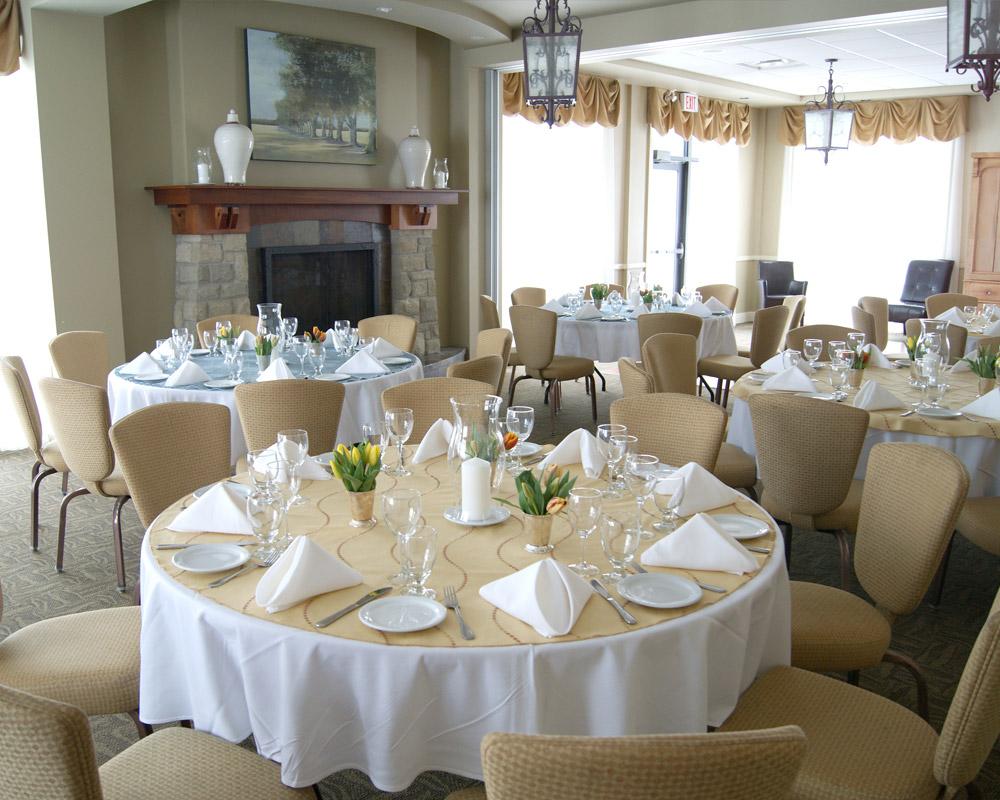 Indoor reception venues Ontario - Wedding Madawaska room